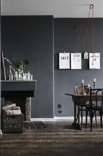Ga eens voor een donkere wand in huis! – Atelier09
