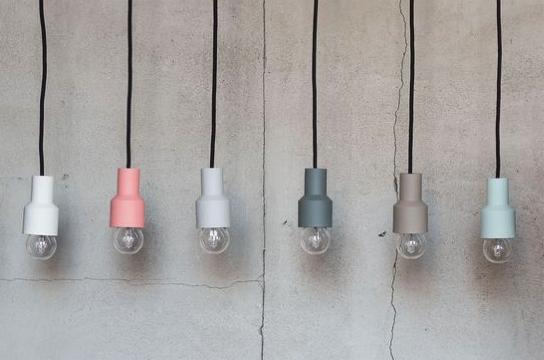 Verschillende lampjes aan draad