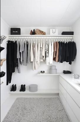 Walk-in closet netjes