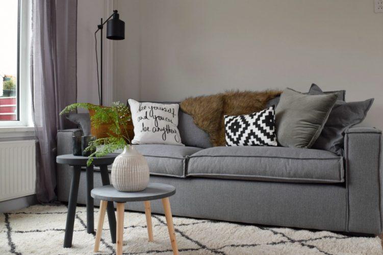 Heerlijke sofa om met hele gezin in te zitten - Atelier09