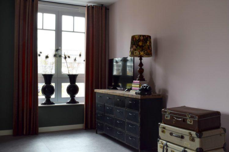 Lekkere tv-hoek met vintage uitstraling - Atelier09