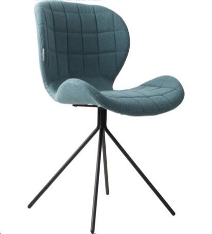 6 blauwe items stoel